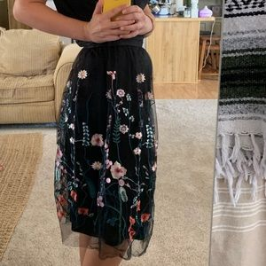 H&M Skirts - Tulle embroidered skirt